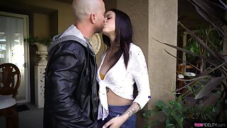 Filthy teen Melody Foxx has an affair in experienced married guy